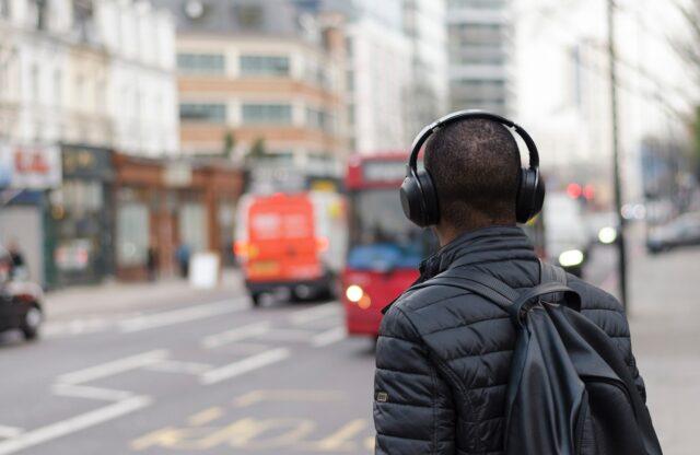 Over-Ear Noise Cancelling Headphone